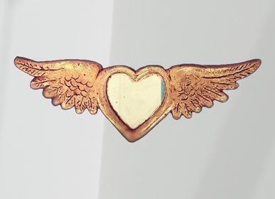 Mirrors - Eco-responsible winged gold mirror - TIENDA ESQUIPULAS