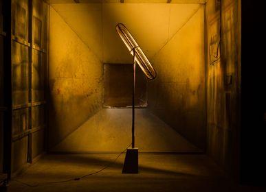 Lampadaires - Lampe de sol Capsule - E. MURIO MANILA
