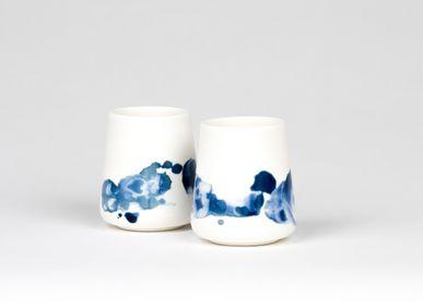 Ceramic - OPGEROLD mini cup - STUDIO INEKE VAN DER WERFF