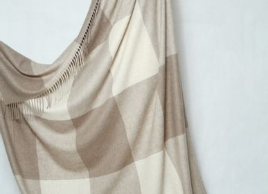 Homewear - Blanket & Plaid in tile pattern cashmere, Mongolia  - AZZA DESIGN STUDIO ORGANIC CASHMERE MONGOLIE