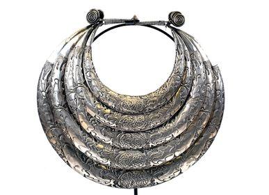 Objets de décoration - Coiffe et Bijoux de la minorité Chinoise Miao - ASIADECORATION / OBJETSCHINOIS