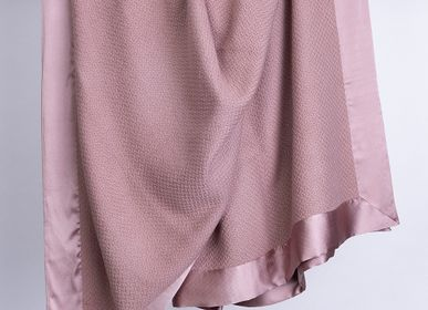 Throw blankets - Criss Cross Cashmere Blanket with Silk Border - PASHMINA LOOMS - CASHMERE