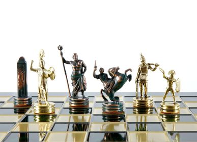 Games - GREEK MYTHOLOGY CHESS SET with green/gold chessmen and bronze chessboard 36 x 36cm (Medium) - MANOPOULOS CHESS & BACKGAMMON