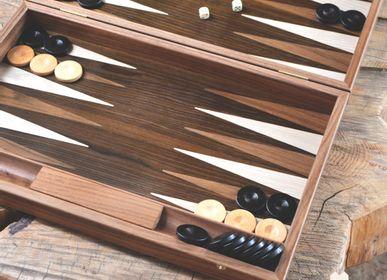 Gift - WALNUT NATURAL TREE TRUNK Backgammon - MANOPOULOS CHESS & BACKGAMMON