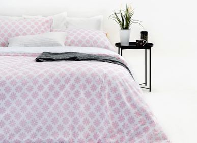 Bed linens - Pink Leisure Duvet Cover Set - MARSALA HOME ®