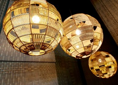 Suspensions - Globe hanging lights - BAANCHAAN