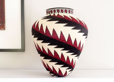 Decorative objects - Saras Red Feather Wounaan Basket - RAINFOREST BASKETS