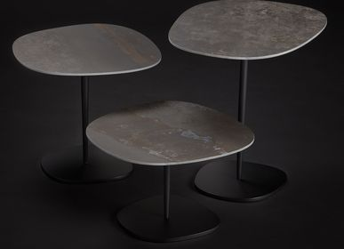 Coffee tables - COFFEE TABLE GALET - TRISS