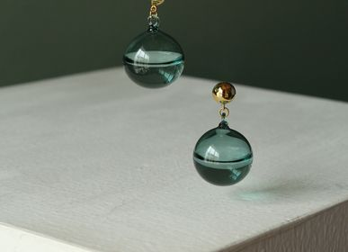 Christmas garlands and baubles - Last drops water gems earring in jade green - LAJEWEL