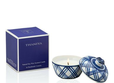 Candles - Thaniya Scented Candle in Handpaint Ceramic in XS Size - THANIYA