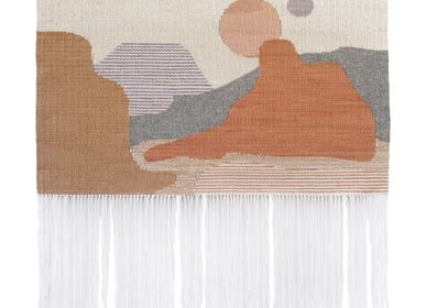 Contemporary - SUN #18 handwoven kilim wall hanging - TARTARUGA