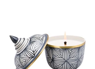 Spa and wellness - Scented Candle in Chada Shape Ceramic - THANIYA