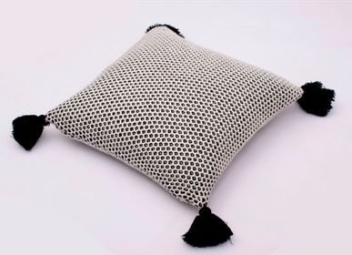 Cushions - HONEYBEE CUSHION - KANODIA GLOBAL (P) LTD