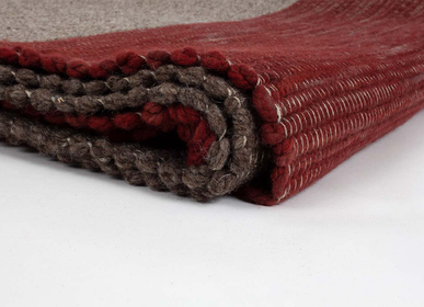 Rugs - Tabby wool rug with natural dyes - ÁBBATTE