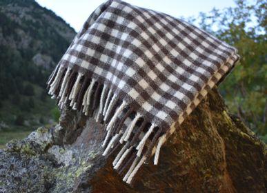 Throw blankets - Tapaboques - VITAL