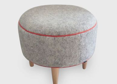 Seats - Pouf on feet in wool felt - HL- HELOISE LEVIEUX