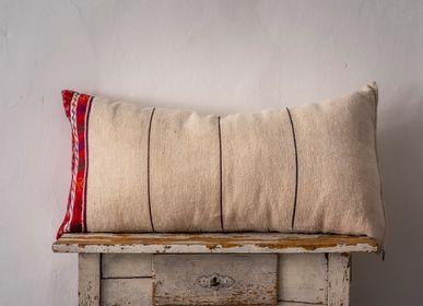 Couettes, oreillers - Oreiller: chanvre hongrois antique tissé à la main - LINEAGE BOTANICA - THE ART OF WELLBEING