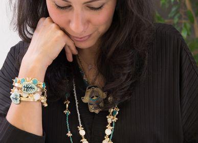 Bijoux - Boucles d'oreilles et bracelets feuilles brodées - ZENZA
