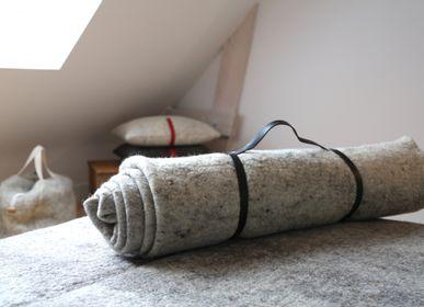 Bed linens - Wool felt blanket - HL- HELOISE LEVIEUX