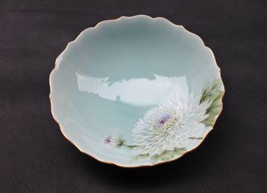 Ceramic - Celadon Chrysanthemum, Round bowl - YUKO KIKUCHI