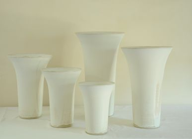 Ceramic - Group of white vases, h 20-45 cm - CHRISTIANE PERROCHON
