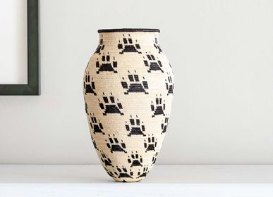 Decorative objects - Padded Black Paws on White Wounaan Basket - RAINFOREST BASKETS