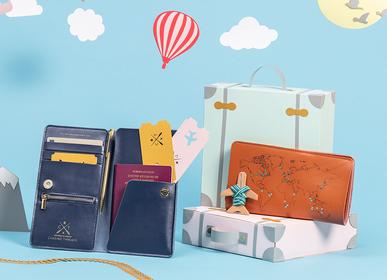 Accessoire de voyage / valise - Stitch Travel Wallet - CHASING THREADS