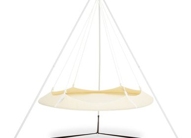 Chairs for hospitalities & contracts - Cream and White Hangout Pod Set - HANGOUT POD