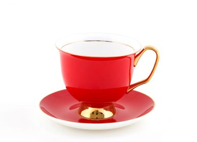 Café / thé - XL Red Teacup and Saucer - LYNDALT