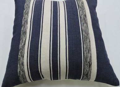Fabric cushions - CUSHION CC 723 SPECTRUM BLUE - ECOTASAR