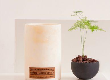 Decorative objects - Alabaster LE - AIMEZ-VOUS LES UNS LES AUTRES