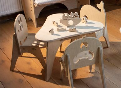 Children's tables and chairs - 1 table and 3 chairs for children - ELYSTA