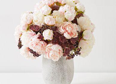 Décorations florales - COMPOSITION DE PIVOINE - LOU DE CASTELLANE