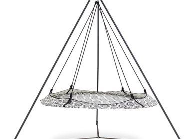Chairs for hospitalities & contracts - Mandala Hangout Pod Set - HANGOUT POD