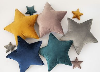 Fabric cushions - Velour star pillows - HAPPY SPACES