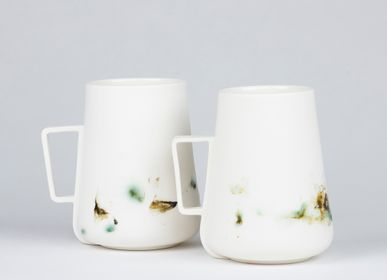 Ceramic - OPGEROLD large mug - STUDIO INEKE VAN DER WERFF