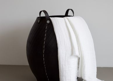 Unique pieces - Waffle Blanket - STUDIO RO SMIT