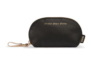 "Leather goods - Small leather makeup bag - ""shake show shine"" - BIEN MOVES"