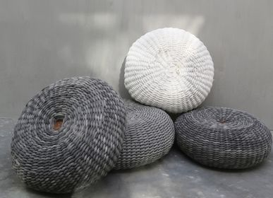 Decorative objects - Round Macrame Pouffe - NYAMAN GALLERY BALI