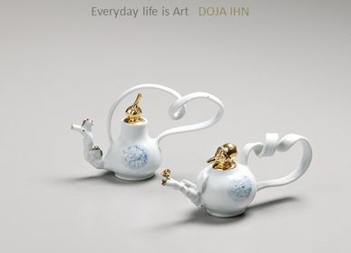 Decorative objects - DAOR-White Gold Teapot - DOJA IHN