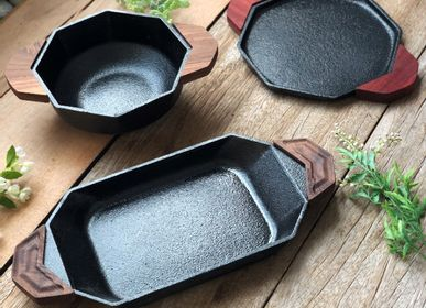 Formal plates - Trio Collection  [Pre-Seasoned Cast Iron]  - MOMMY'S POT