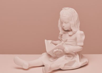 Decorative items - RESIN FIGURINE color Pink Baby The Girl & the Book - BLOOP