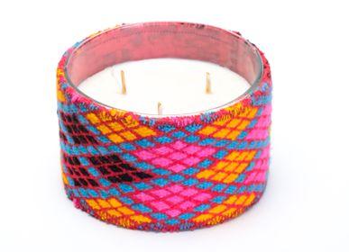 Candles - CYLINDRE AVEC HABILLAGE TAPIS EN COULEURS  - SOCIÉTÉ NOUR BOUGIE