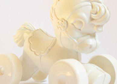 Gifts - White retro pony - TIENDA ESQUIPULAS