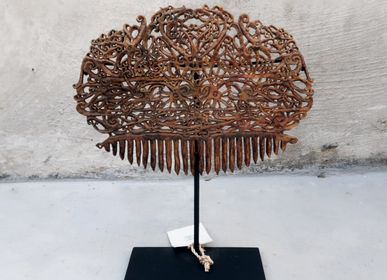 Hair accessories - Carved Borneo Haircomb - NYAMAN GALLERY BALI