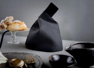 Objets design - Deneb - Le panier à pain Noir - MOLFO