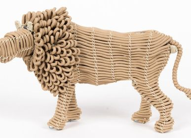 Decorative objects - ROPE ANIMALS - MAHATSARA