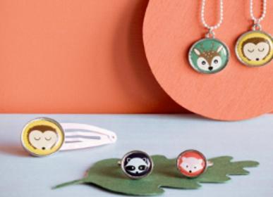 Bijoux - Bijoux enfant : collier, pins, bague, broche - GLOBAL AFFAIRS
