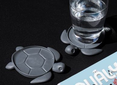 Office supplies - Save The Turtle Coaster : Made from Recycled Plastic |Eco-Friendly Materials : Ocean Kitchen Collection :  100% recyclable. - QUALY DESIGN OFFICIAL