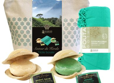 Beauty products - Wellness gift kit, Ayurvedic soap, organic cotton hammam towel, woody note in organic cotton. - KARAWAN AUTHENTIC